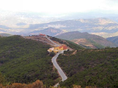 Percorsi bici in Sardegna per bici da corsa: un dislivello tra mare e monti