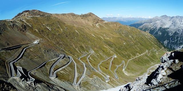 Consigli e guida per scalare lo Stelvio in bici da corsa
