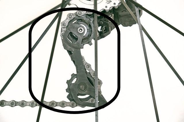 Catena bici da corsa: quando cambiarla, manutenzione, peso e modelli consigliati per l'acquisto